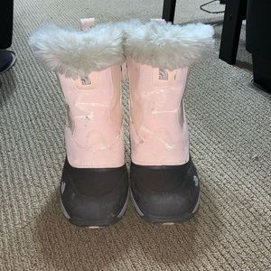 Girl's The North Face Winter Boots